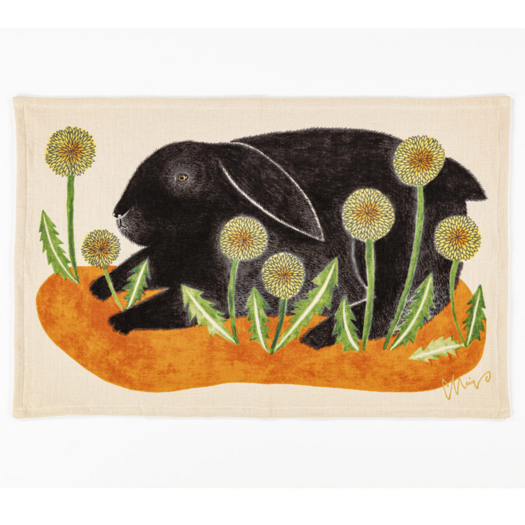 ティータオル シアワセな黒兎 / ウサギ TEA TOWEL 今治タオル 1-67966-21-ORスタイル写真
